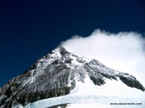 Plume off South Summit on Everest