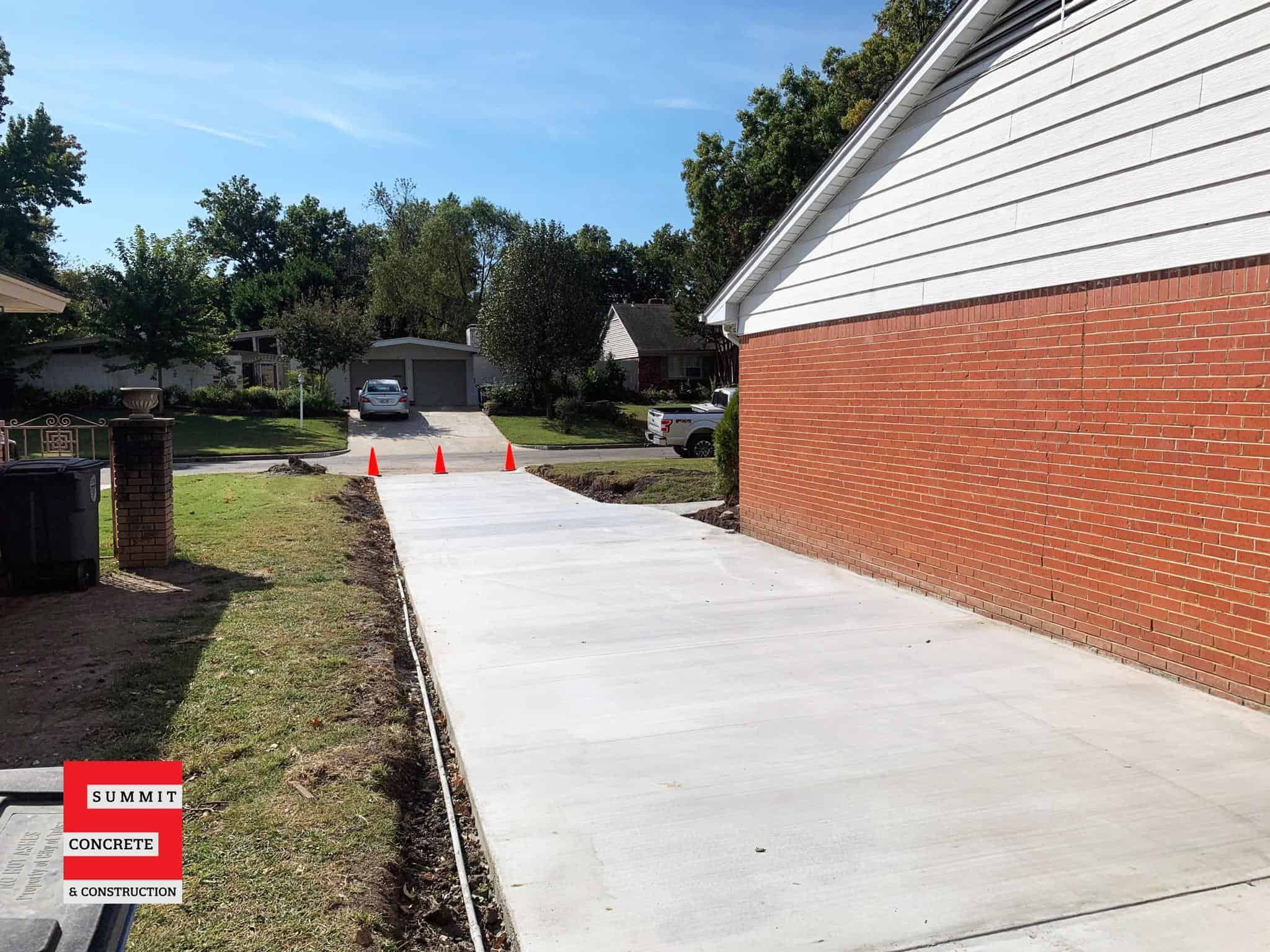 2020 10 concrete driveway walkway installation IMG 6877 scaled