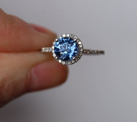 Engagement Rings Under $2000_Sumuduni Gems