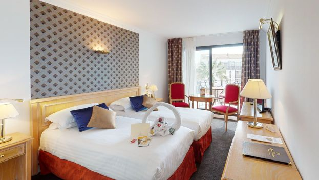 chambre d'hotel cannes sun riviera 4 étoiles
