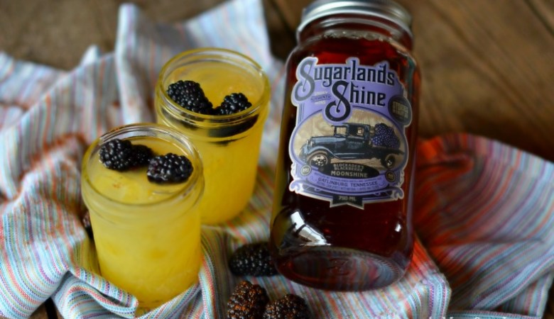 Sugarlands Shine Blackberry Moonshine is refreshing and fruity