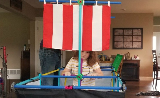 Build Your Child's Imagination With Antsy Pants Build & Play Kits