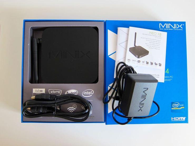 MINIX NEO Z64 Box Content