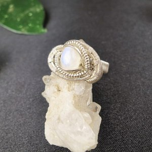 Moonstone-ring Silverring Semipreciousstonejewelry