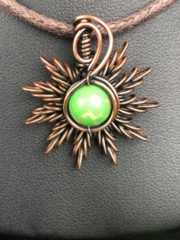 Imperial-Jaspis-Sonnenanhänger2 Schmuckdesign SunayLaLuna