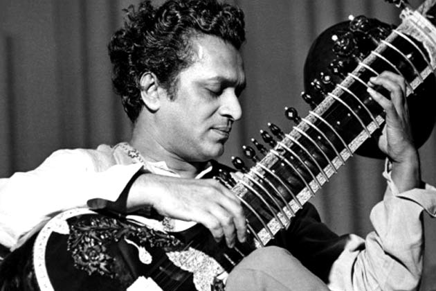 A young Pandit Ravi Shankar (Pic courtesy: artcreationforever.com)