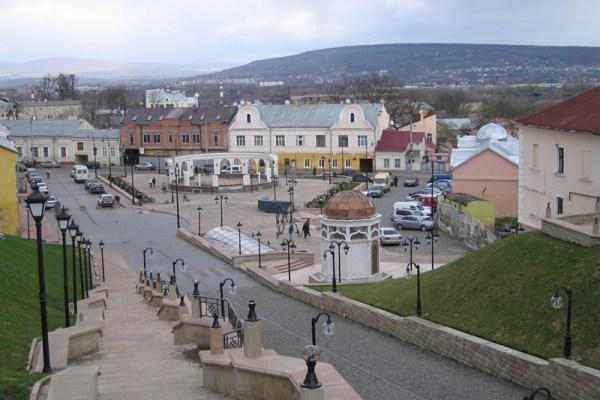 Chernivtsi-Turkish Square