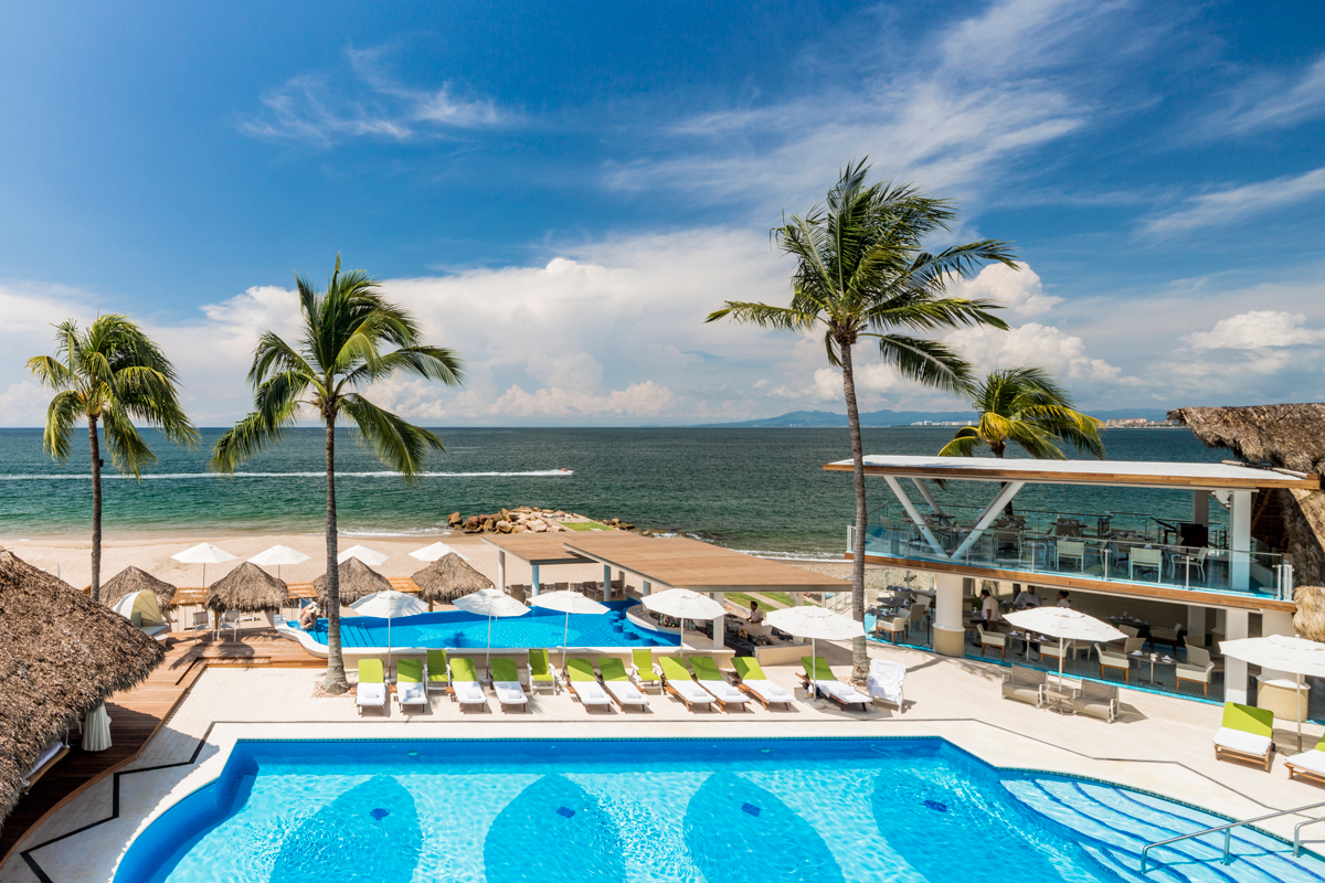 5 Reasons Why Villa Premiere Boutique Hotel in Puerto Vallarta is the Perfect Romantic Getaway