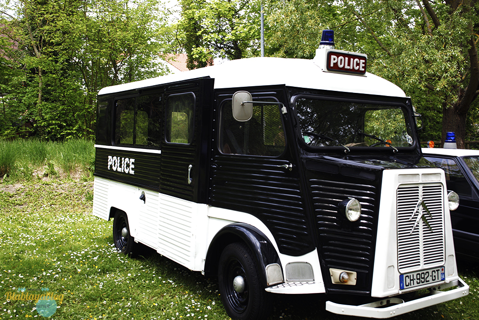 Fourgon-police-vintage