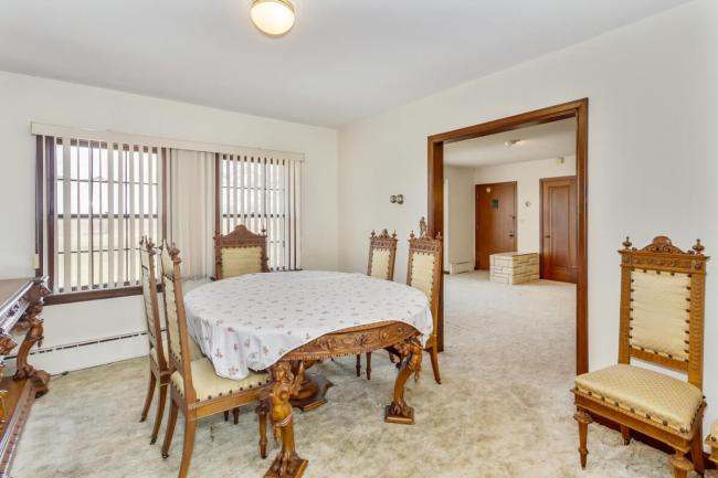 9451 S Woodlawn Blvd Derby KS-large-012-018-Dining room-1500x1000-72dpi