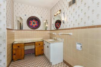 9451 S Woodlawn Blvd Derby KS-large-030-032-Bathroom-1500x1000-72dpi