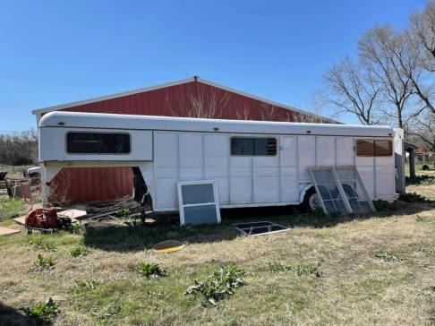 Gard - Sterling KS Auction April 30 - 90 of 214