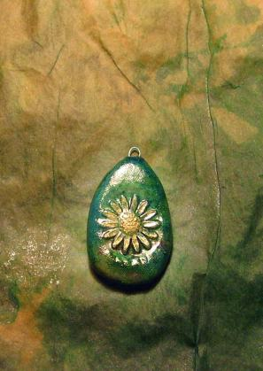 Pendant Sunflower Rustic - (US$3 s/h $1.50) SOLD