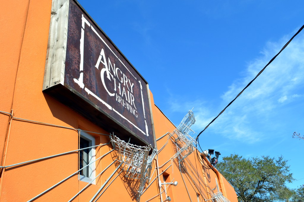 The Brew Review: Angry Chair Brewery in Seminole Heights, FL. Brewery Tour | Brew Pub | Craft Beer | Local Beer | Tampa http://www.sunkissedindecember.com/2017/02/23/angry-chair-brewing/