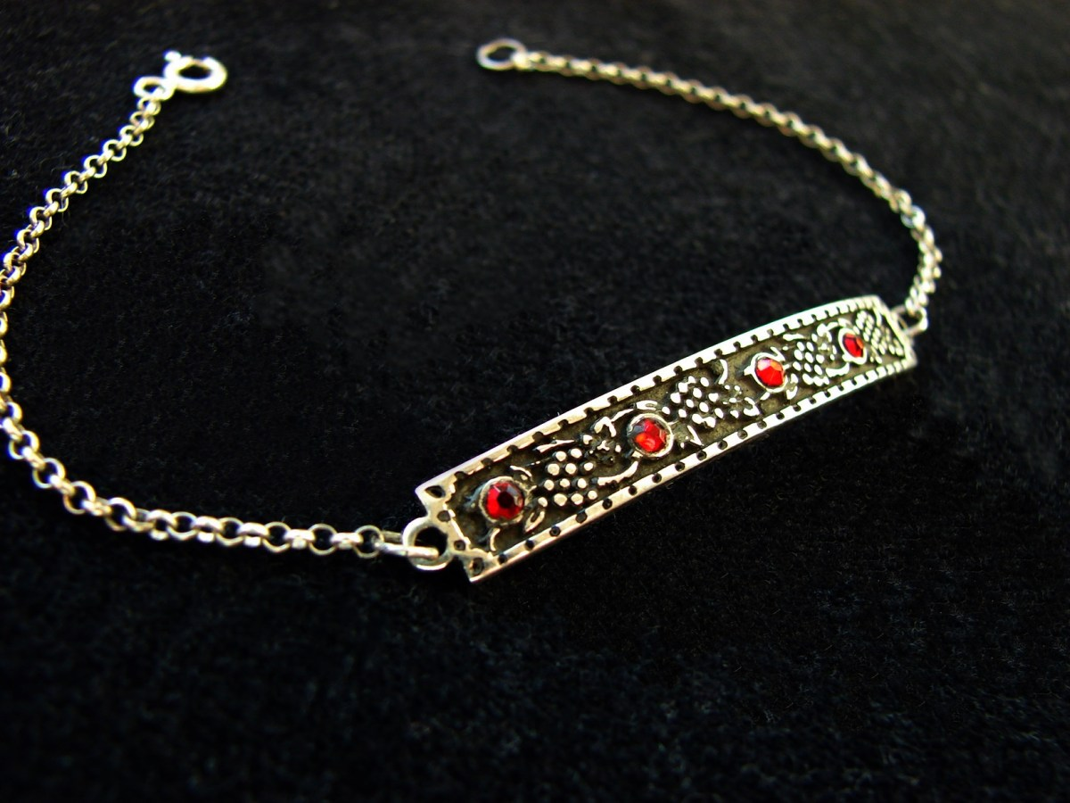 Bracelet Grapes with Red Zircon Sterling Silver 925 in Ethnic Style