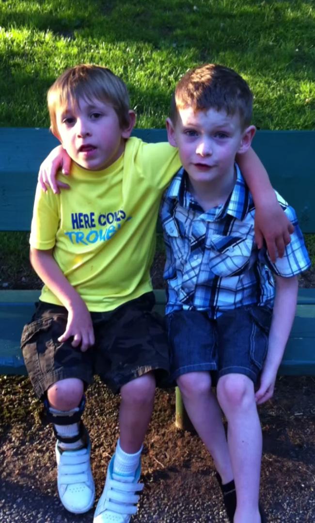 7 year old lemonade stand raise money