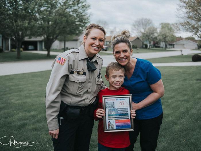 police officer good news kidney donation little boy