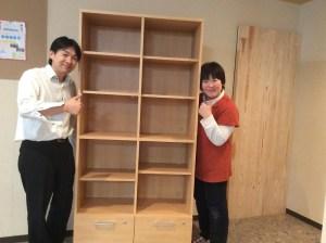 香川の自習室・コワーキングスペースならサンプラット本棚3