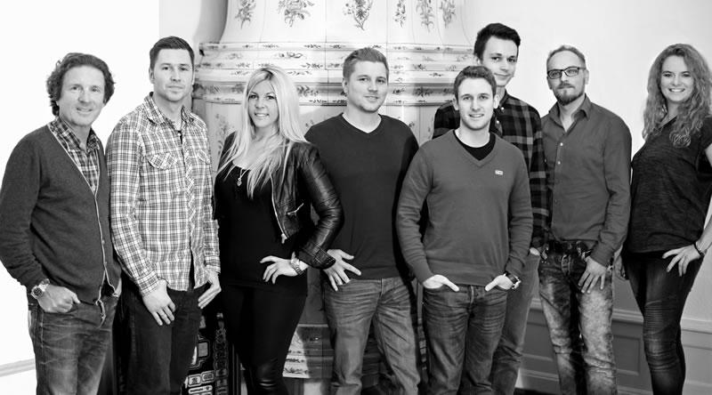 Sunrise Web & Marketing Team schwarz-weiss