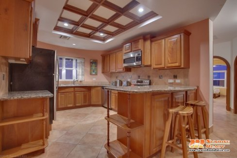 grand caribe b7 kitchen (2)