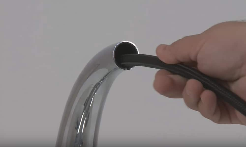 pull out spray kitchen faucet problems