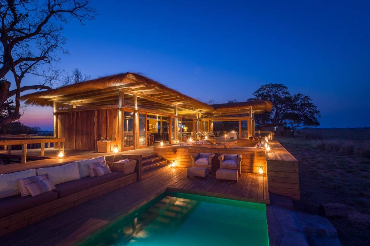Gently glowing in the evening light, the luxury suites at Shumba Camp are a work of art