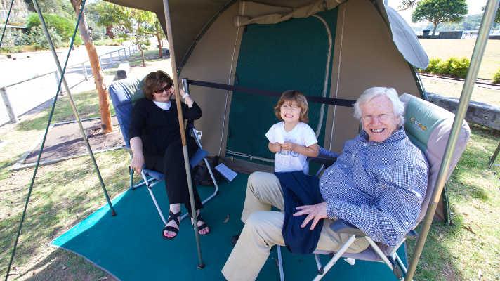 03 Holidays with Tent Karumba Point Sunset Caravan Park