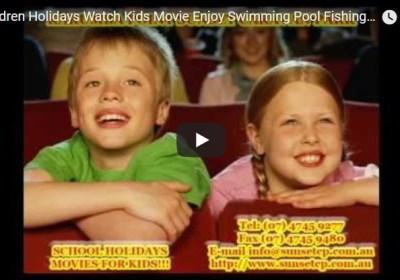 Children Holidays Watch Kids Movie Enjoy Swimming Pool Fishing Karumba Park