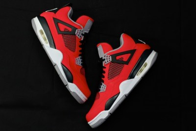 "The Sole Account: Air Jordan 4 ""Toro Bravo"""