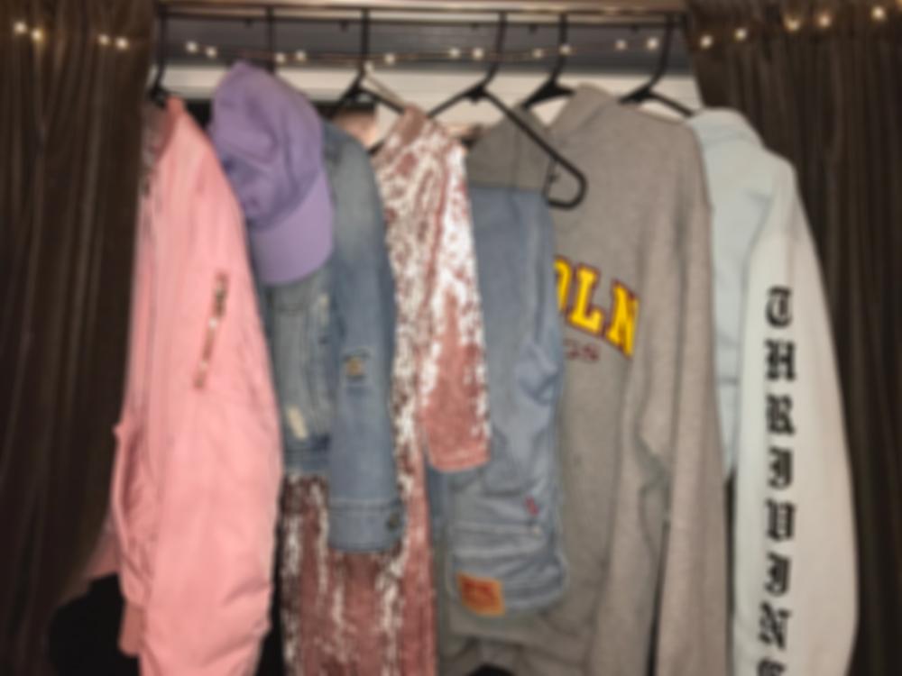 Sidestreet Runway: Welcome to My Closet