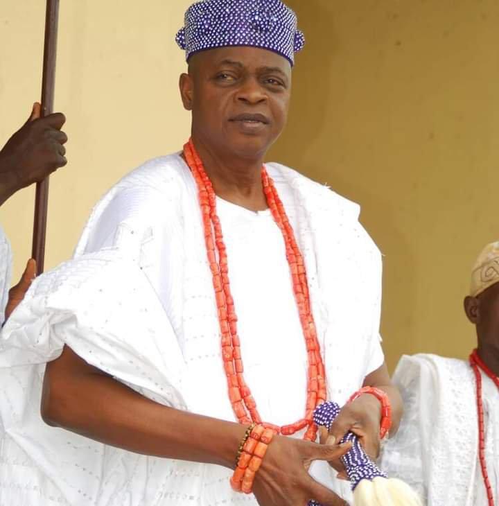 Igbara-Oke Stands Still as Oba Agbede buries Father in grandstyle