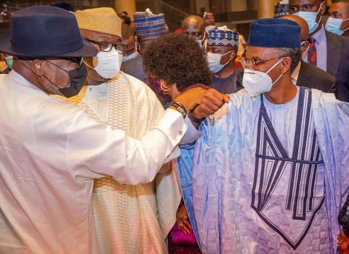 Akeredolu bags 'Governor of The Year Award' in Lagos