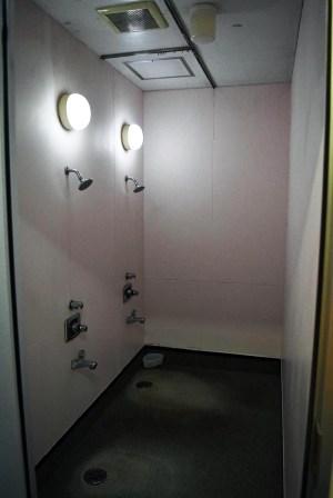 大人会員用シャワー