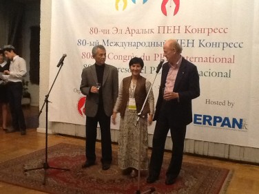 John Ralson Saul giving thanks to the organisers, Central Asian PEN_Leena Parkkinen