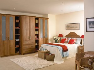 Bespoke bedroom. Traditional oak finish