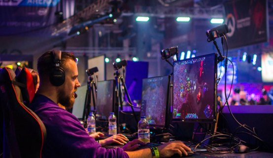 Our Top 6 Tips on How to Make a Career of Pro Gaming - Our Top 6 Tips on How to Make a Career of Pro Gaming