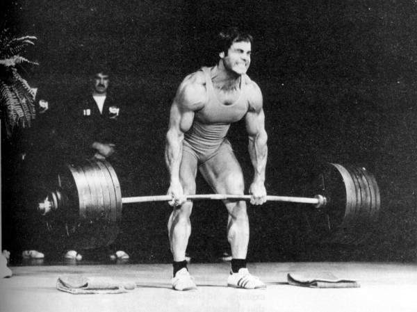 franco-columbu-powerlifter-bodybuilder