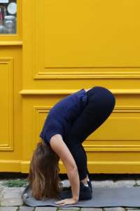 Posture yoga PincePashchimottasana