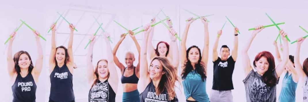 Cours de POUND fit chaville 92 sport santé équilibre défouloir