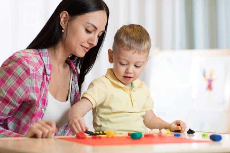 tavolo-gioco-per-bambini-xcyp1