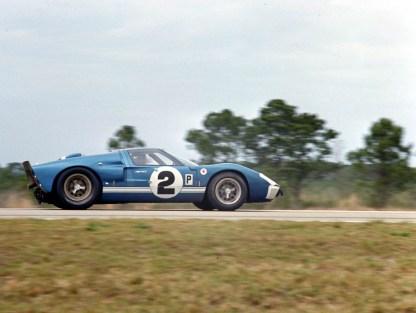 Sebring, Sebring, FL, 1966. Ford Mark II of Dan Gurney/Jerry Grant races down the Warehous Straight. CD#0777-3292-0630-22.