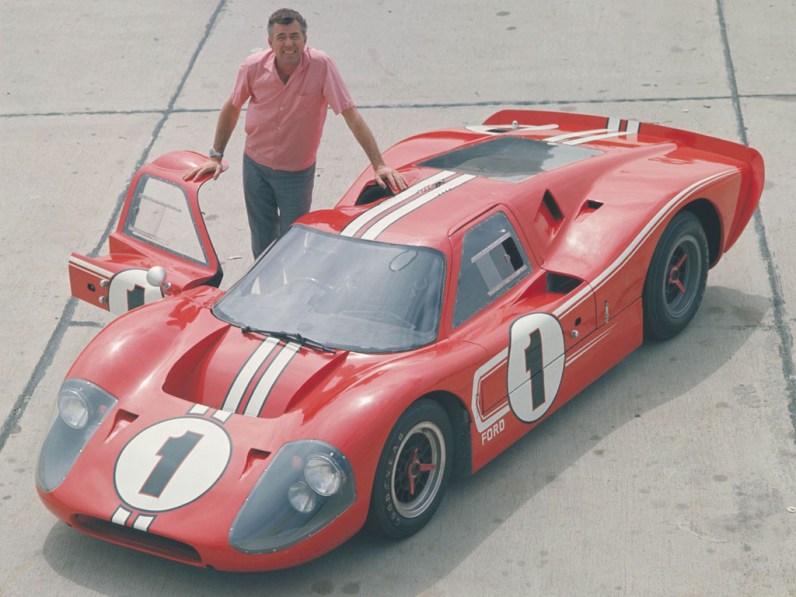 1967_Ford_GT40MarkIV1
