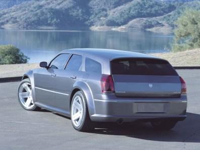 2003 Dodge Magnum SRT-8 Concept