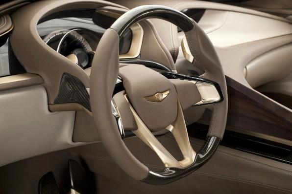 2013 Hyundai HCD-14 Genesis