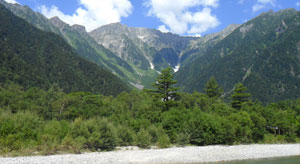kamikochi_mountains_walk