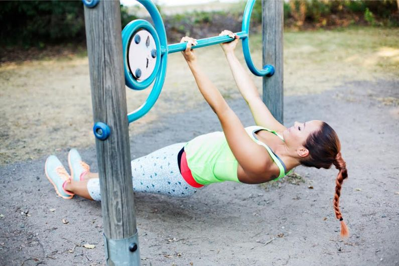 Kulmasoutu treenaa leuanvedossa tarvittavia lihaksia