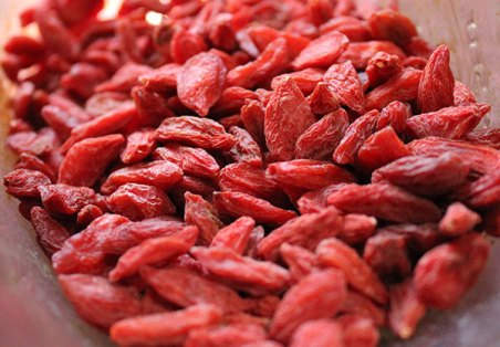what-are-superfoods-goji-berries