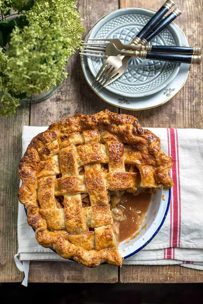 Supergolden Bakes: salted caramel apple pie