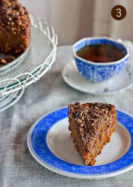 Pumpkin Cake with Nutty Crumble
