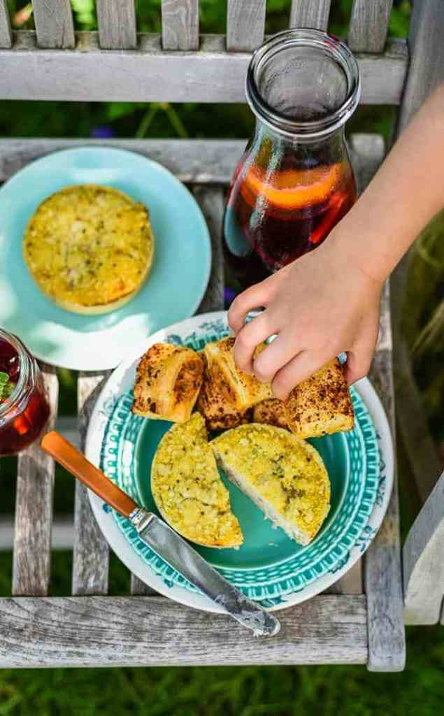 Hibiscus and redcurrant iced tea – and a Higgidy picnic | Supergolden Bakes